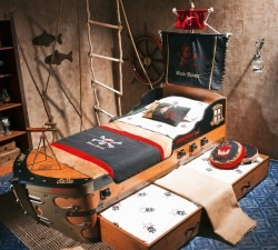 Black-Pirate-S-Ship-Bed4