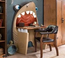 Black-Pirate-Shark-Study-Desk2