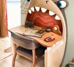 Black-Pirate-Shark-Study-Desk4