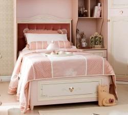 Elegant-Bed-With-Base2