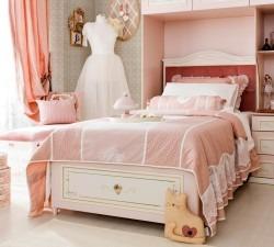 Elegant-Bed-With-Base3