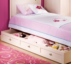 Flora-Pull-out-Bed2