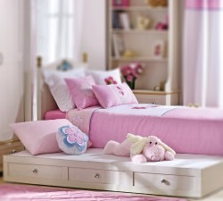 Flora-Pull-out-Bed3