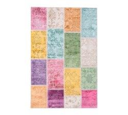 Patchwork-Medium-Carpet2