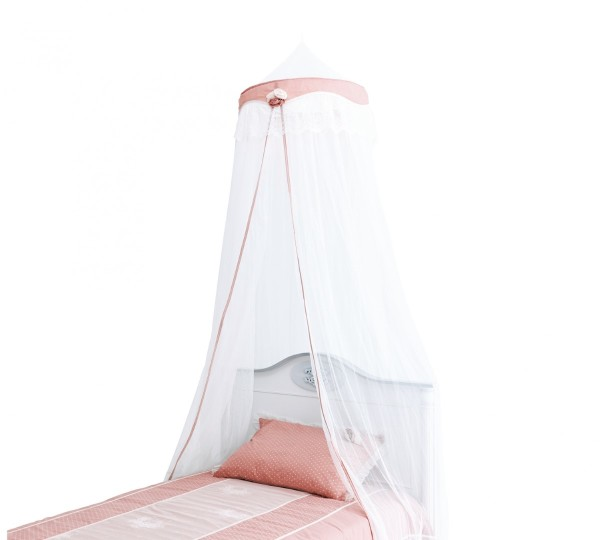 Romantic-Canopy1