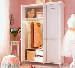 Romantic-Large-Wardrobe3