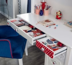 Strawberry-Study-Desk-Unit2